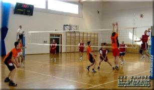 2009.02.15 Siatkówka LZS Zamość, kolejka w Grabowcu