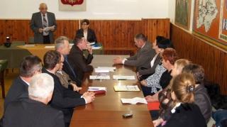 2014.12.01 Pierwsza sesja nowej Rady Gminy Grabowiec